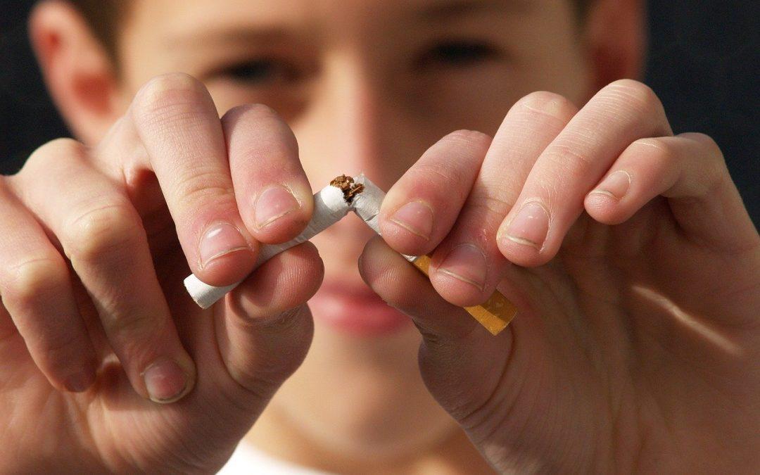 Arreter de fumer c'est facile avec Allen Carr ! Pour le prix d'un paquet de cigarette