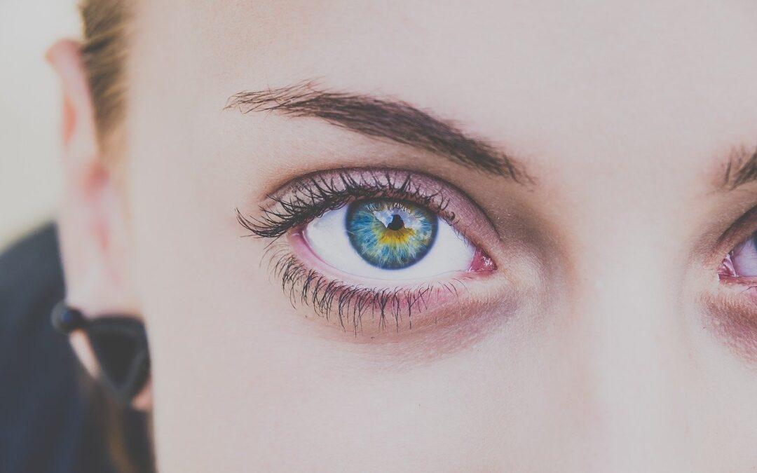 Maquillage semi permanent sourcils : Les 8 choses à savoir sur le microblading
