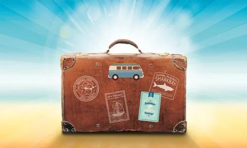Top 5 des cadeaux à offrir à un grand voyageur