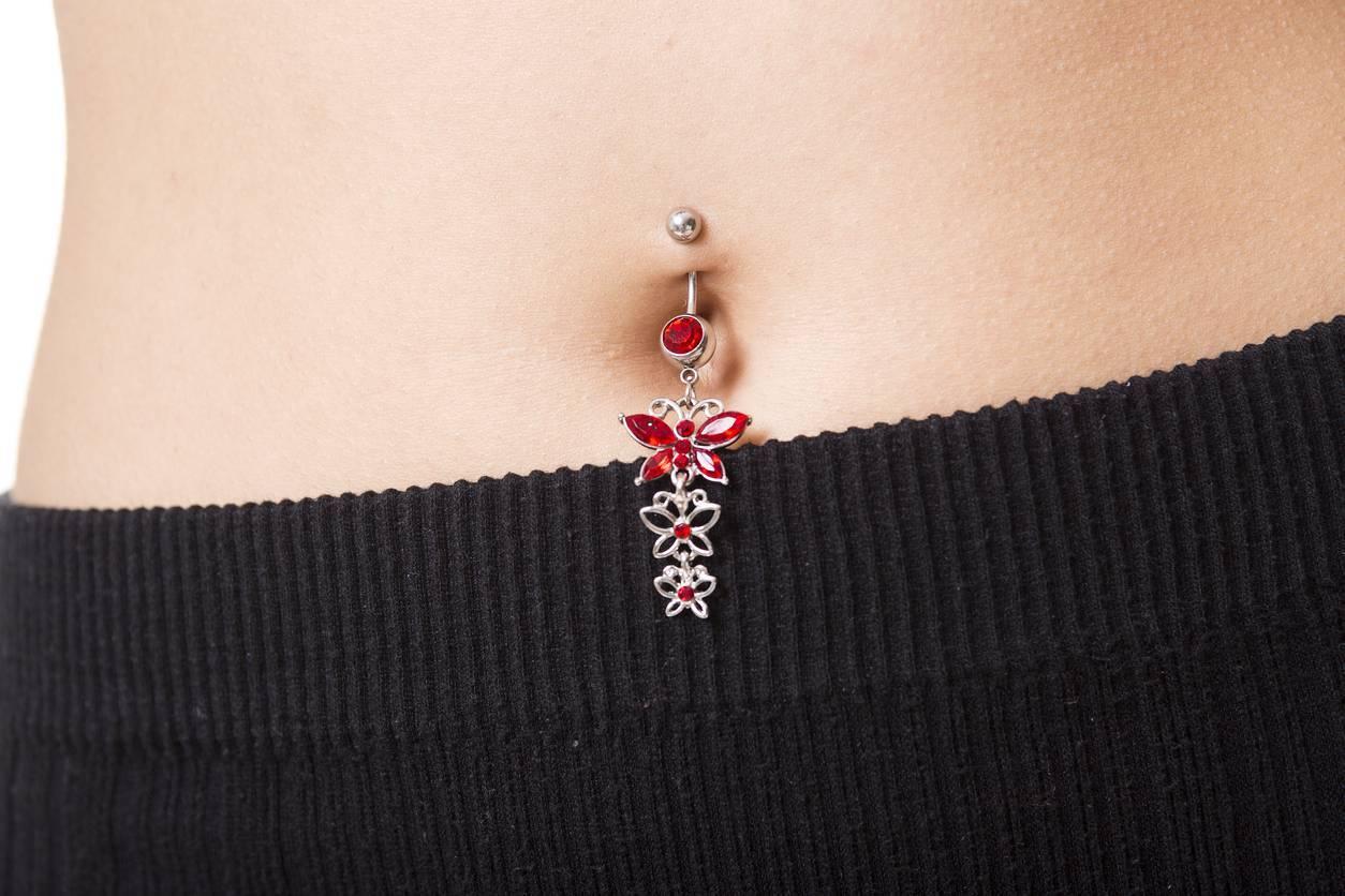 piercing bijou nombril